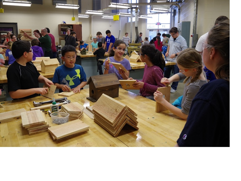 4th grade Bassett elementary students at the sanding station during the MAKE event 5-11-18