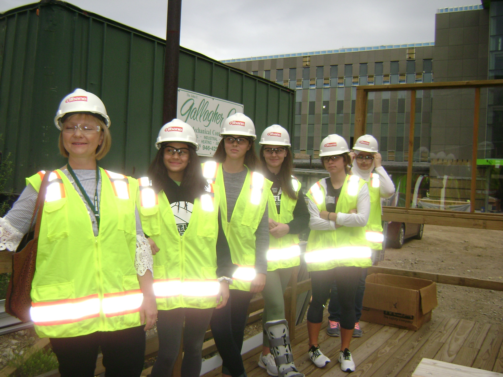 CSU College of Engineering Field Trip - New Engineering Building Tour - girls team 9-13-17